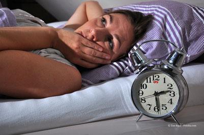 Ungelöste Blockaden oder innere Anspannungen mit Hypnose lösen, damit es wieder leicht fällt, zu schlafen