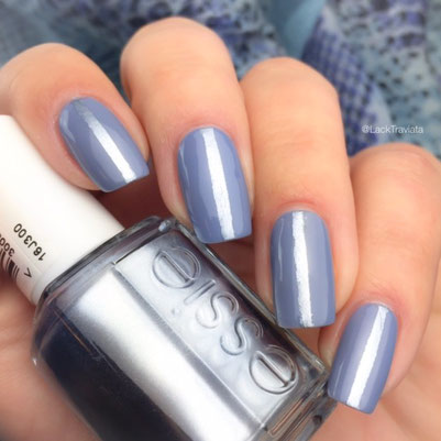 swatch essie blue rhapsody by LackTraviata