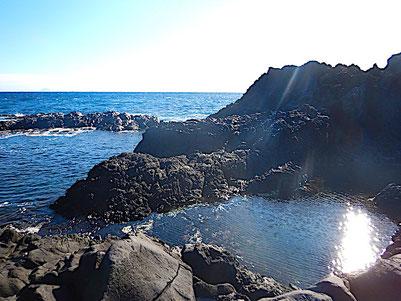 大淀・小淀の水冷破砕溶岩