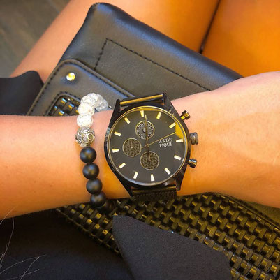AS DE PIQUE Watch with the Light Bracelet from BeHero