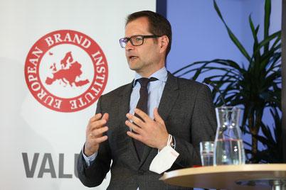 Christoph Schuh, APG AG