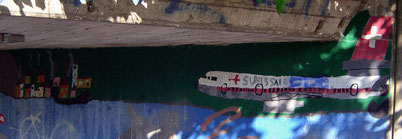 Bild:Wandmalerei,Swissair,Flugzeug,DC-10,Urdorf,Unterführung,Kindermalerei,d-t-b,David Brandenberger,
