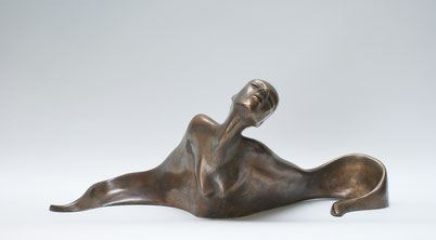 Bronze body of a woman