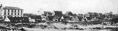 um 1908 , Häuser der Friesenstr. (von hinten) mit dem nahen Westdorf.