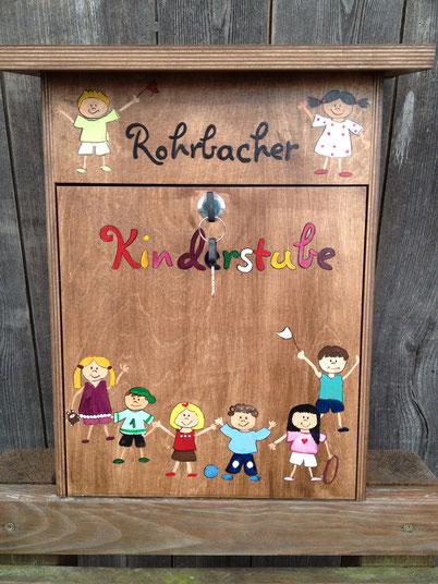 """Briefkasten aus Holz """"Kindergarten"""""""