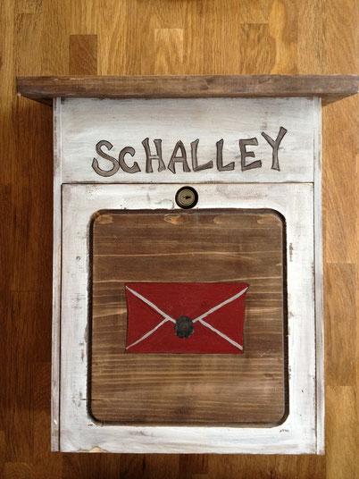 Holzbriefkasten Alley
