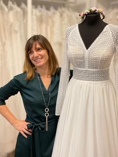 Beatrice Teichmann verkauft Brautkleider und Brautmoden mit Leidenschaft