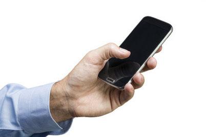 Laden Sie sich die taxi.eu-App auf Ihr Mobil-Telefon