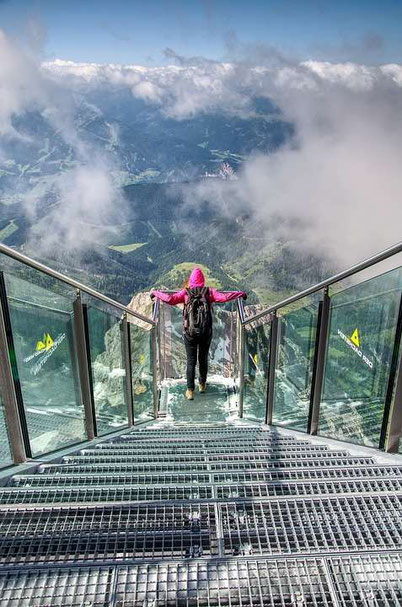 Austria bucket list: a suspension bridge and Dachstein skywalk
