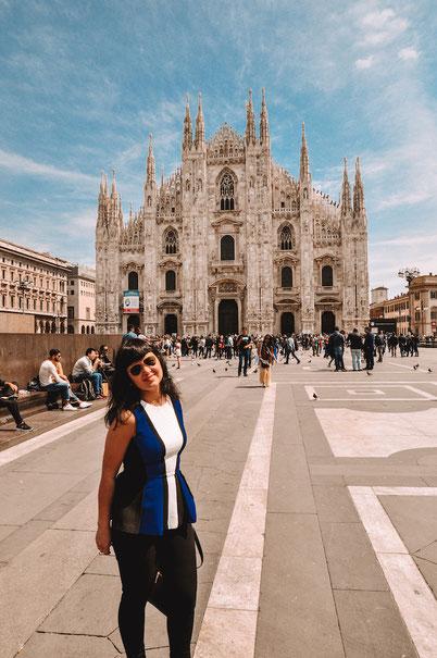 из туристических мест в нетуристические места Милана