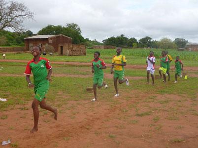 Fußball-Bildungscamp in Tiébélé, Burkina Faso (2015)