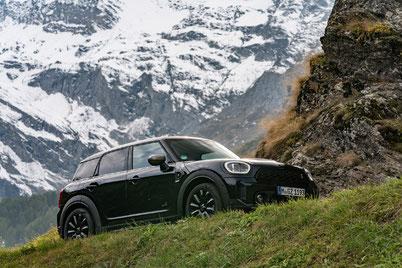 MAG Lifestyle Magazin Auto Motor Sport Mini Countryman ALL4 Reise Passtrassen Alpen Meran Spuren Kaiserin Elisabeth Sisi