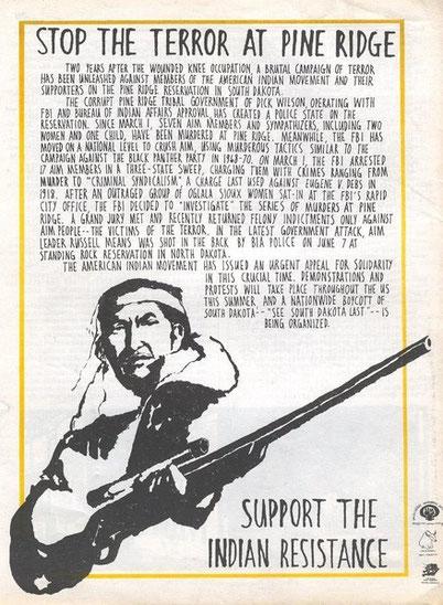 Stop the Terror at Pine Ridge; Artikel aus der Untergrundzeitschrift Osawatomie , einem Organ der Weather Underground Organization zur Solidarität mit den angeklagten AIM-Mitgliedern, zwei Jahre nach der Besetzung von Wounded Knee
