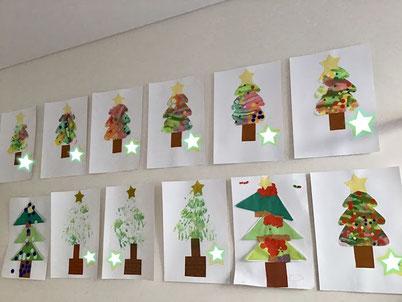 クリスマスツリーがたくさん