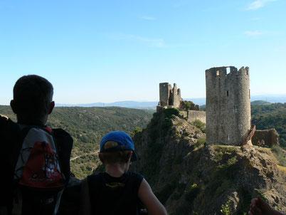 visite des Chateaux de Lastours en Famille