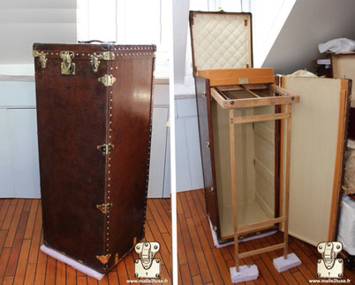 Louis Vuitton wardrobe trunk - Monogram Year: 1910 Serie: All leather Exterior: All leather Corners: Leather Interior: Wardrobe + locker 1m46 cm x 56 cm x 55 cm
