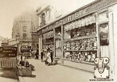 malle ancienne au touriste paris