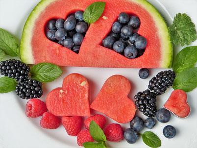 Welche Diät ist für Ihren Darm am besten - Low FODMAPs, Paleo, Autoimmunprotokoll, Low-Carb, ayurvedisch oder vegan?