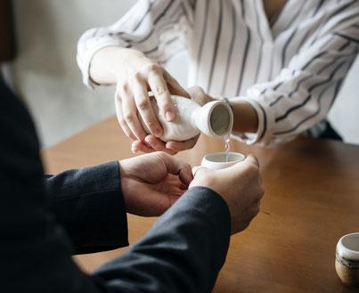 Es ist wie mit einer guten Flasche Wein: Sake im Supermarkt und vom Experten trennen Welten.