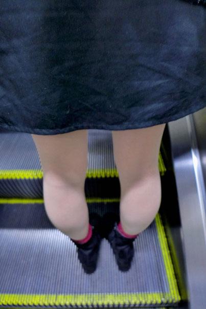 In Osaka auf der Rolltreppe rechts stehen