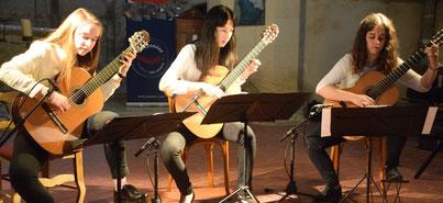 Mézy-Moulins. Guitares en Picardie : le Trio AKHAMAR.