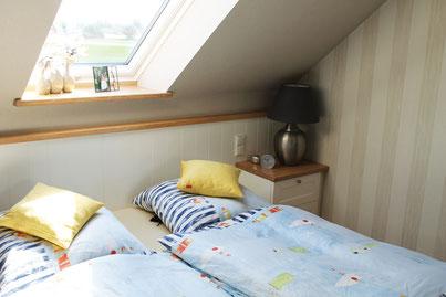 Schlafzimmer Möbel Schrank Bett Glas Licht Begehbarer Kleiderschrank Eiche Whitewood