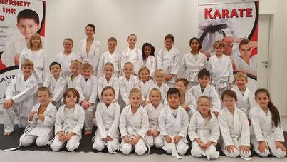 Kinder- und Jugendgruppe 2