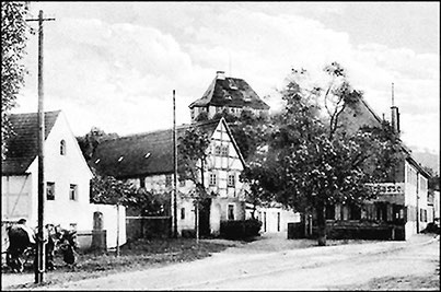 Das Haus Talstraße 5 um 1900,       Ansichtskarte, Archiv HVVC