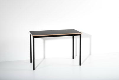 room³ Tisch mit Linoleum Tischplatte