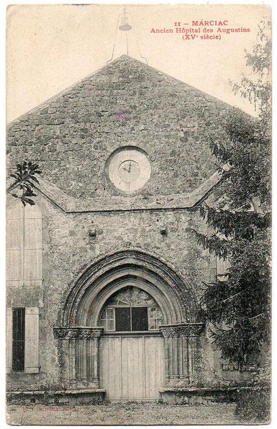 Le porche du cloître des Augustins de Marciac en 1900