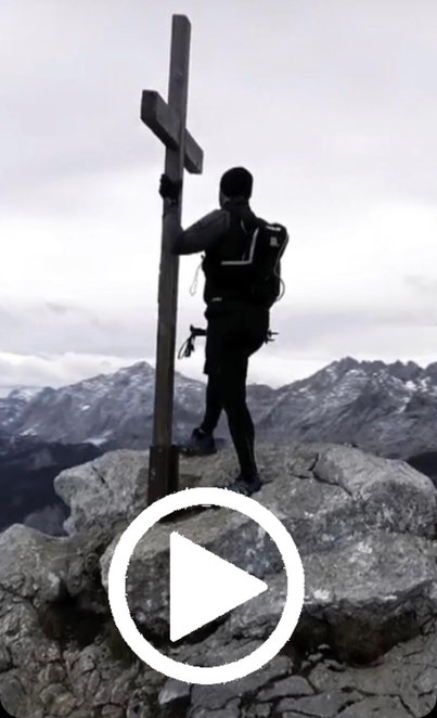 Die Dokumentation zu meinem Sport, meinem Leben und meinen Gedanken. Ein großes Dankeschön an dieser Stelle an Daniel Pröhl (www.fxsmedia.com), der mit mir diesen grandiosen Streifen gedreht hat.