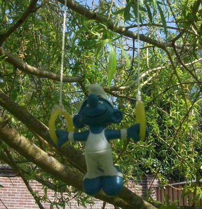 Schtroumpfs dans les arbres