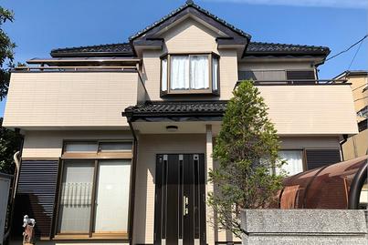 越谷市の戸建住宅、外壁塗装・網戸張替え・アルミ製濡縁工事完了の写真