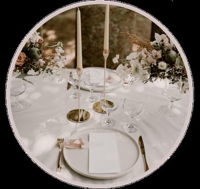 Photo de décoration de table, représentant les formules de décoration de mariage proposées par My Daydream Wedding, décoratrice de mariage dans le Nord et à Lille
