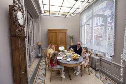 The Gem, chambre d'hôte, maison d'hôtes à Amiens, centre-ville, proche gare, cathédrale d'Amiens, chambre familiale, tout confort, petit déjeuner continental inclus, fibre, navette, intérieur de la maison et son atmosphère
