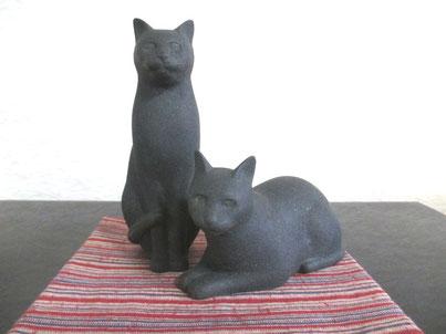 乾漆の猫 青銅風仕上げ