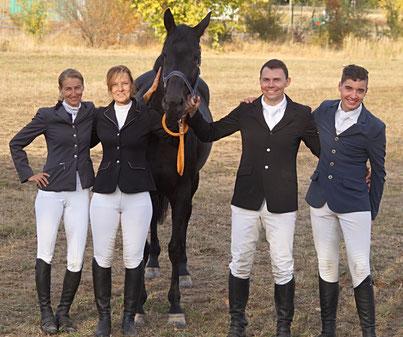 So sehen Sieger aus: Die vier Mannschaftscup-Sieger aus der Hohburger Schweiz. Foto: Alpha-Report