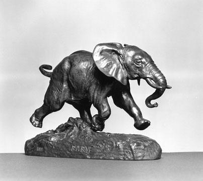 Bronze animalier Barye, Éléphant courant