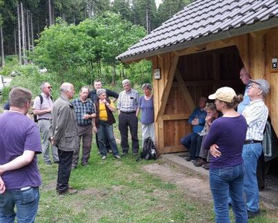 Prof. Wichert gibt eine erste Einführung zur Geschichte der Alten Eisenbahn