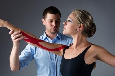 Physiotherapeut Wien, Therapie mit Balettänzerin