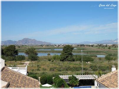 Uitzicht vanaf het dakterras van Villa Casa del Lago