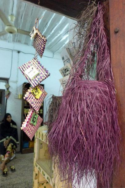 fashion shoppping tip bags Stone Town Zanzibar