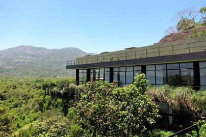 Sri Lanka Hotel Geoffrey Bawa Heritance Kandalama