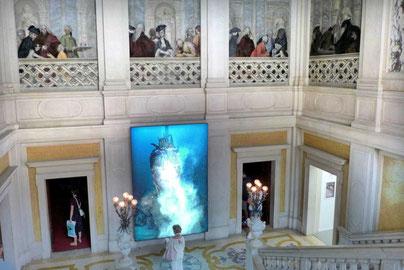 HIRST gigantischer Dämon im Palazzo Grassi Venedig