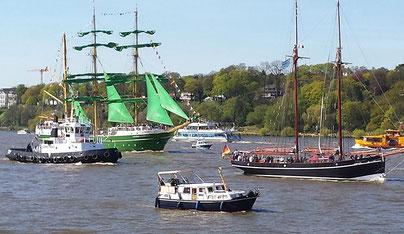 Einlaufparade Hafengeburtstag, Hamburg