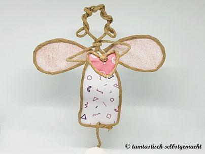 Papierdrahtfigur-Engel-mit-Herz
