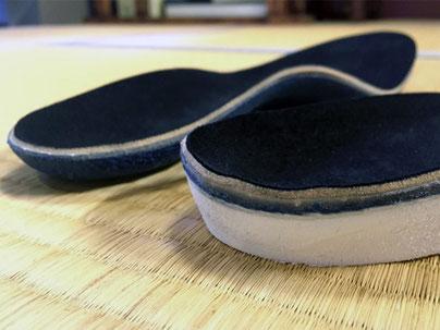 オーダーインソールは厚みがある分、入れられる靴は限られてしまいます