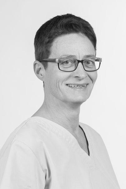 Martina Ginzel– TPA bei Flint's Praxis für Kleintiere