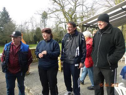 von links: Uwe Grüning, Andrea und Michael Reinicke, Peter Nowsky
