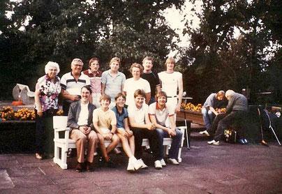 Gruppenfoto aus dem Jahr 1985